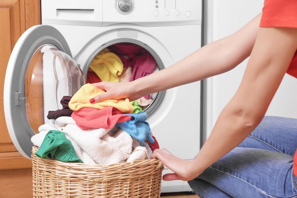Почему стиральная машина не отжимает?